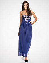 Te Amo Deep V Embellished Bustier Maxi Dress