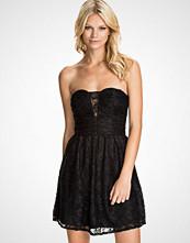 NLY Blush Heart Shaped Lace dress