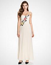 Elise Ryan Cream Flower Embellished Maxi Dress