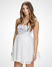 John Zack Sølv/Hvit Sequin Bandeau Dress