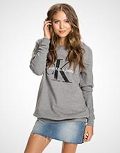 Calvin Klein Light Grey Crew Neck Hwk