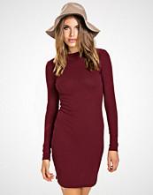 NLY Trend Burgundy Off Duty Dress