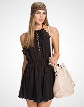 NLY Trend Flowy Halterneck Dress