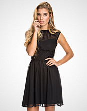 Elise Ryan Black Chiffon Skater Dress