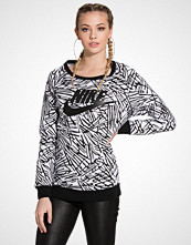 Nike Nike Rally Boyfriend