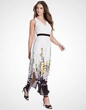 Miss Selfridge Multi Floral Trail Maxi Dress