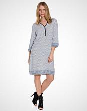 B.Young Parisian Night Hanini Dress