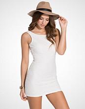 Dry Lake Petite V Back Dress