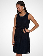 B.Young Iona Dress