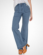Only onlLEA HIGHW DNM FLARED JEANS CRE