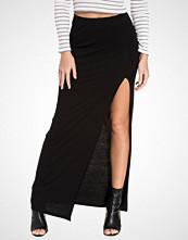 NLY Trend Split Maxi Skirt
