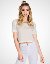 NLY Trend Skyline Top
