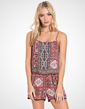 Only onlLILITH STRAP PLAYSUIT WVN