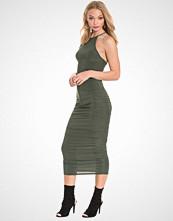 Club L Essentials Cross Back Slinky Dress