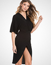 Club L Essentials Crepe Kimono Wrap Over Sleeve Detailed Dress