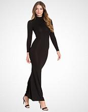 Club L Essentials L/S Hi Neck Fishtail Jersey Maxi Dress