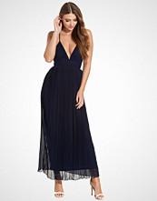 Club L Chiffon Pleated Detail Maxi Dress