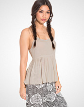 NLY Trend Back Lacing Cami