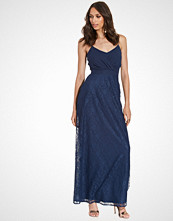 Elise Ryan Maxi Strappy Dress