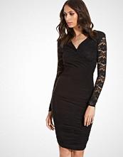 Club L V-Neck Lace Detail Slinky Bodycon Dress