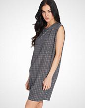 Rut&Circle Price Karin Dress