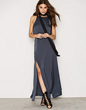 First And I FITHEA MAXI DRESS