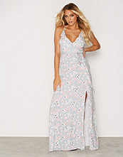New Look Floral Print Tie Waist Wrap Front Maxi Dress
