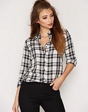 Only Hvit onlSTOCKHOLM Cici L/S Shirt Noos Wv