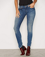 Only onlCARRIE LOW SK DNM JEANS CRE2570