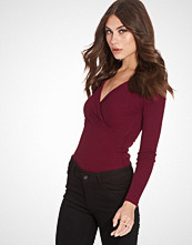 NLY Trend Simple V Neck Rib Top