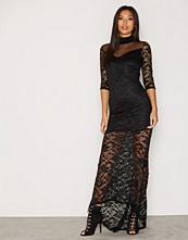 TFNC Milly Maxi Dress