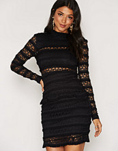 First And I FILORIA LACE DRESS