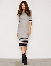 New Look Tipped 1/2 Sleeve Dress
