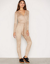 NLY Trend Faux Suede Jumpsuit