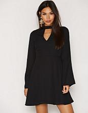 NLY Trend Honeypie Dress
