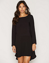 Jacqueline de Yong Svart Jdybeatrice L/S Mix Dress Wvn