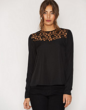 NLY Trend Lace Shoulder Blouse