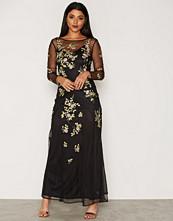 Miss Selfridge Floral Embellished Maxi Dress