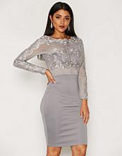 Ax Paris 3/4 Sleeve Detail Bodycon Dress