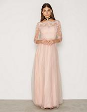 Chi Chi London Victoria Dress