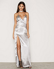 NLY Eve Satin Slit Gown
