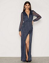 NLY Eve Shimmery Maxi Gown