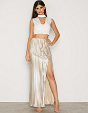 NLY One Pleated Foil Maxi Skirt