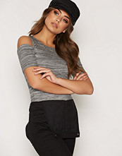 New Look Fitted Cold Shoulder