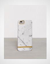 Richmond & Finch Marble iPhone 7