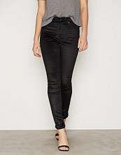 Dr.Denim Black Velvet Plenty