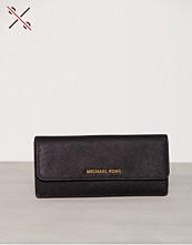 Michael Kors Jet Set Travel Flat Wallet