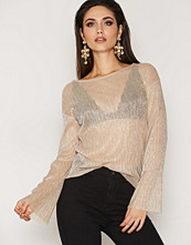 NLY Trend Shimmery Top