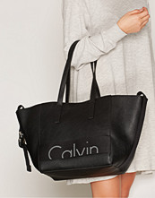 Calvin Klein Svart Re-Issue # Tote Pu