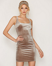 NLY One Velvet bodycon